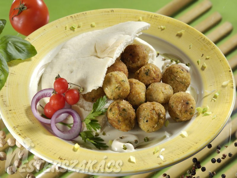 Csicseriborsó- fasírt (falafel) recept