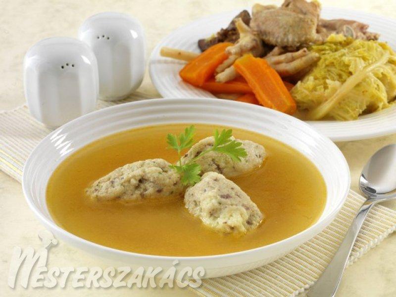 Csirkehúsleves májas daragaluskával recept