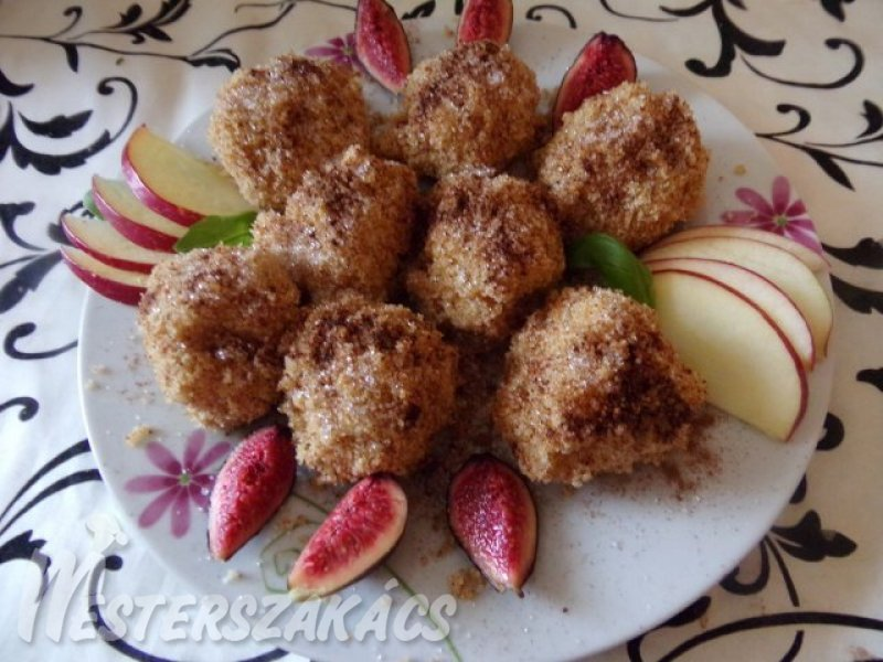 Diétás almás gombóc recept