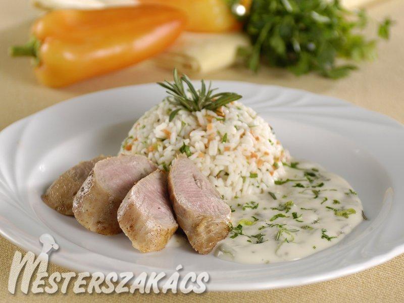 Fokhagymás báránykaraj majonézes zöldfűszer-mártással recept