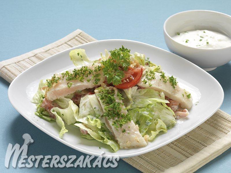Fűszeres tengeri halfilé joghurtos salátával recept