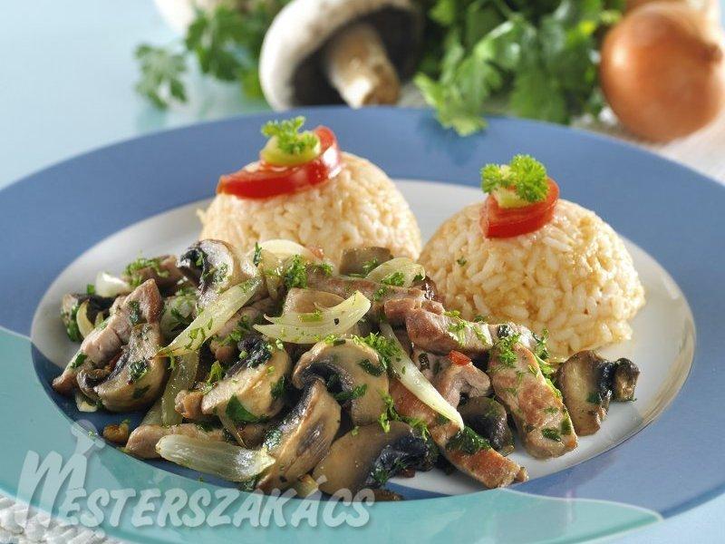 Gombás sertésszűz, sajtos rizsgombóccal recept