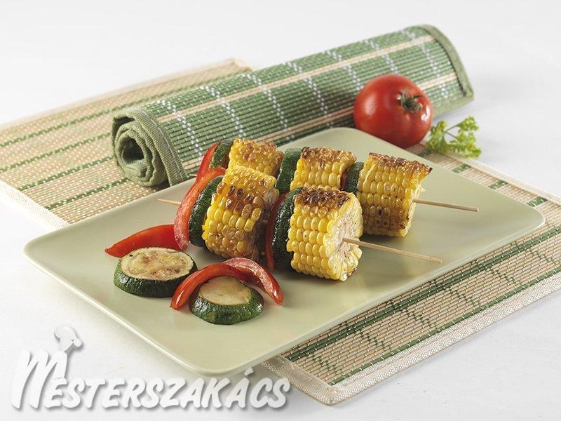 Grillezett kukoricacsövek fűszeres burgonyával recept