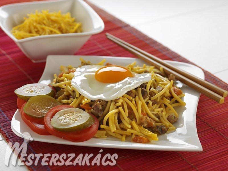 Indonéz húsos metélt  (bami) recept