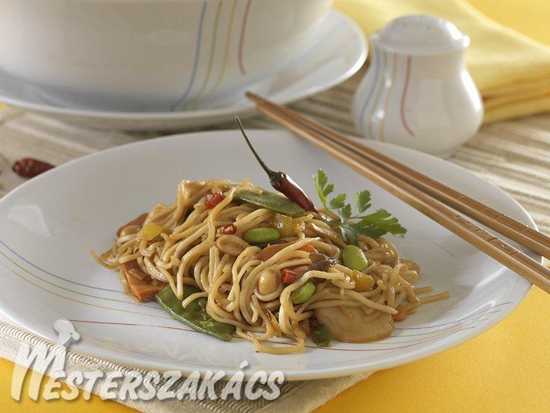 Indonéz zöldséges metélt recept