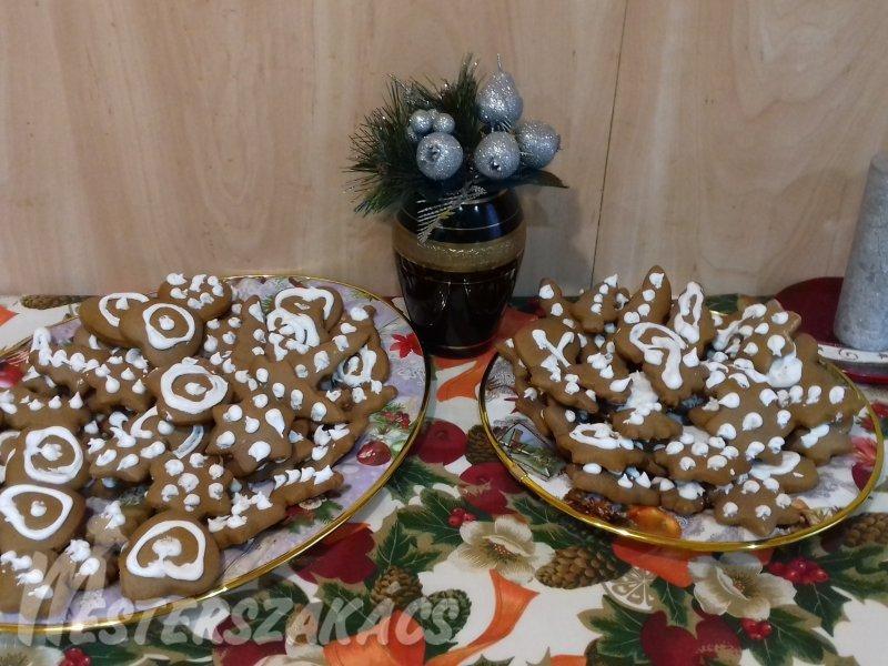 Karácsonyi rögtön-puha mézes recept