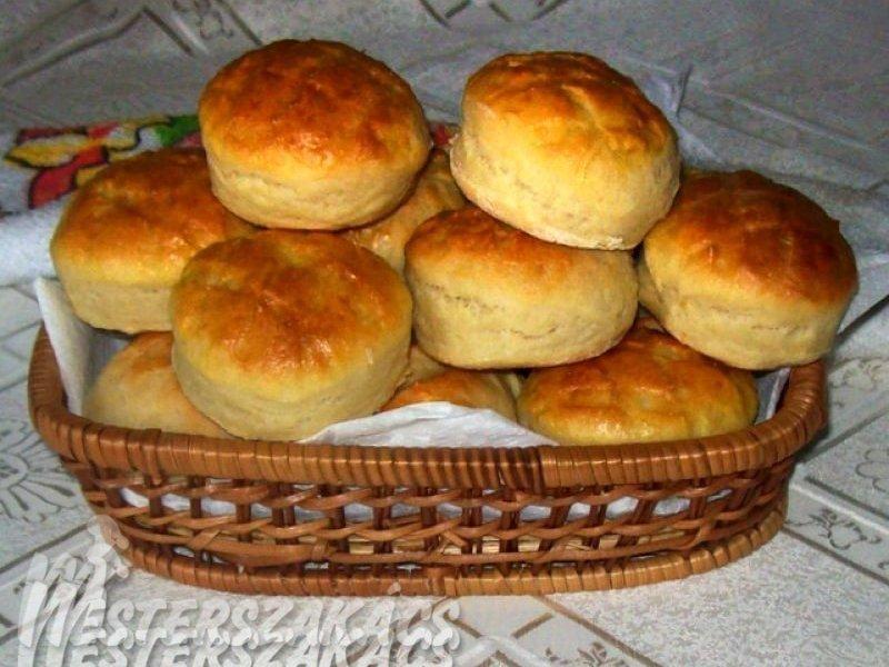 Kelt, burgonyás pogácsa recept