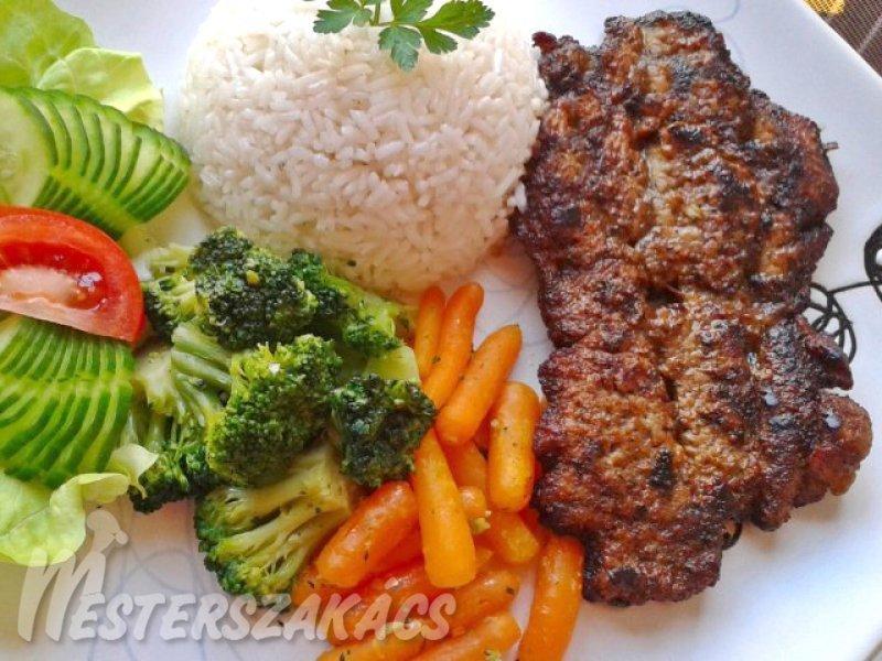 Mustáros-fokhagymás, grillezett sertéstarja recept