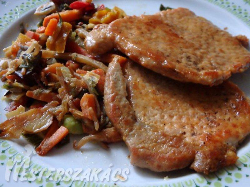 Natúr sertésszelet ázsiai zöldségekkel recept