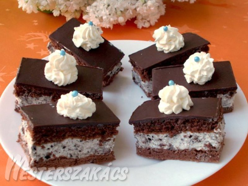 Oreo kekszes, fehér csokoládés-mascarponés krémes recept
