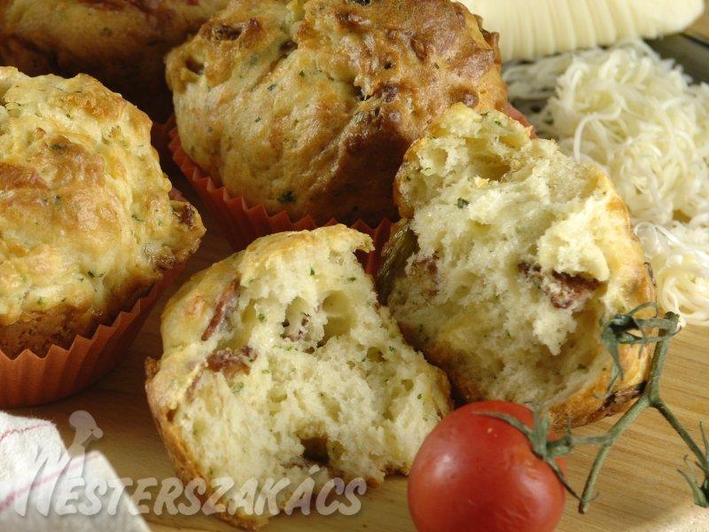 Sajtos szalonnás muffin recept