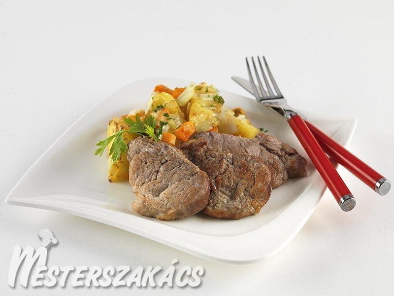 Sertésszűz hagymás-fűszeres burgonyával  recept