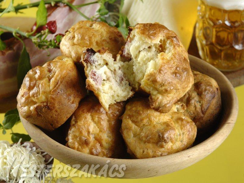 Szalonnás, duplán sajtos muffin recept