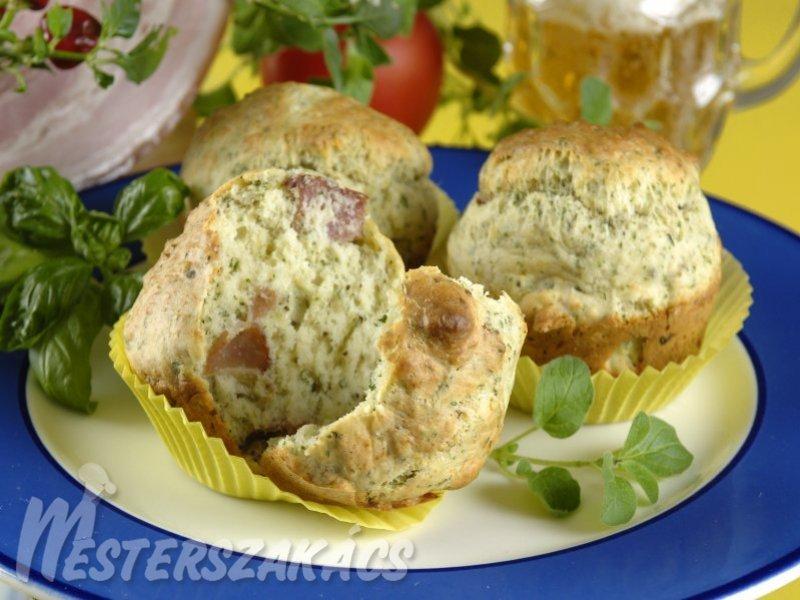 Szalonnás, savanyú káposztás és  szalonnás, zöldfűszeres muffin recept