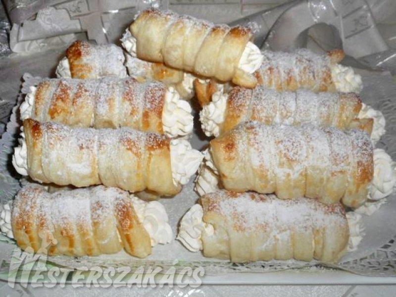 Tejszínes, vaníliakrémes habroló recept